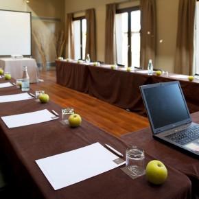 12º Desayuno·Coloquio QGAT Business a cargo de Cuatrecasas Golçalves Pereira.